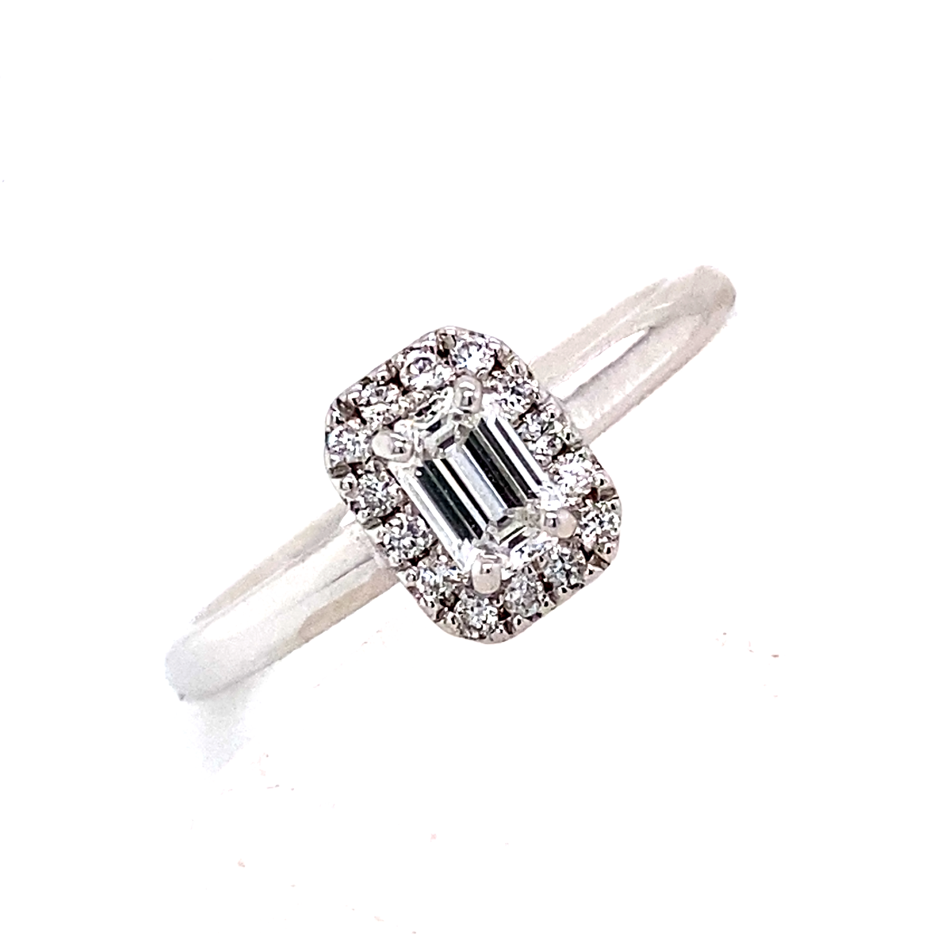 Platinum and Diamond GIA certified Ring - 0.32 Carats D VVS2