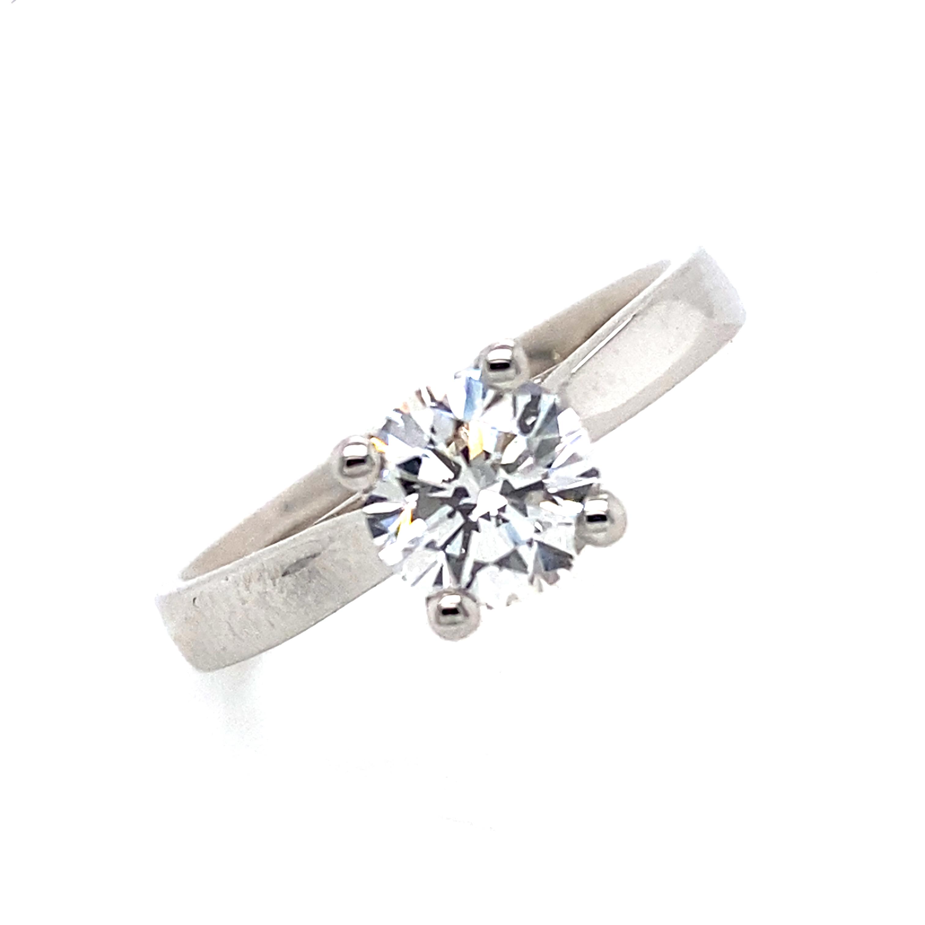Platinum and Round Diamond Engagement Ring 0.90ct
