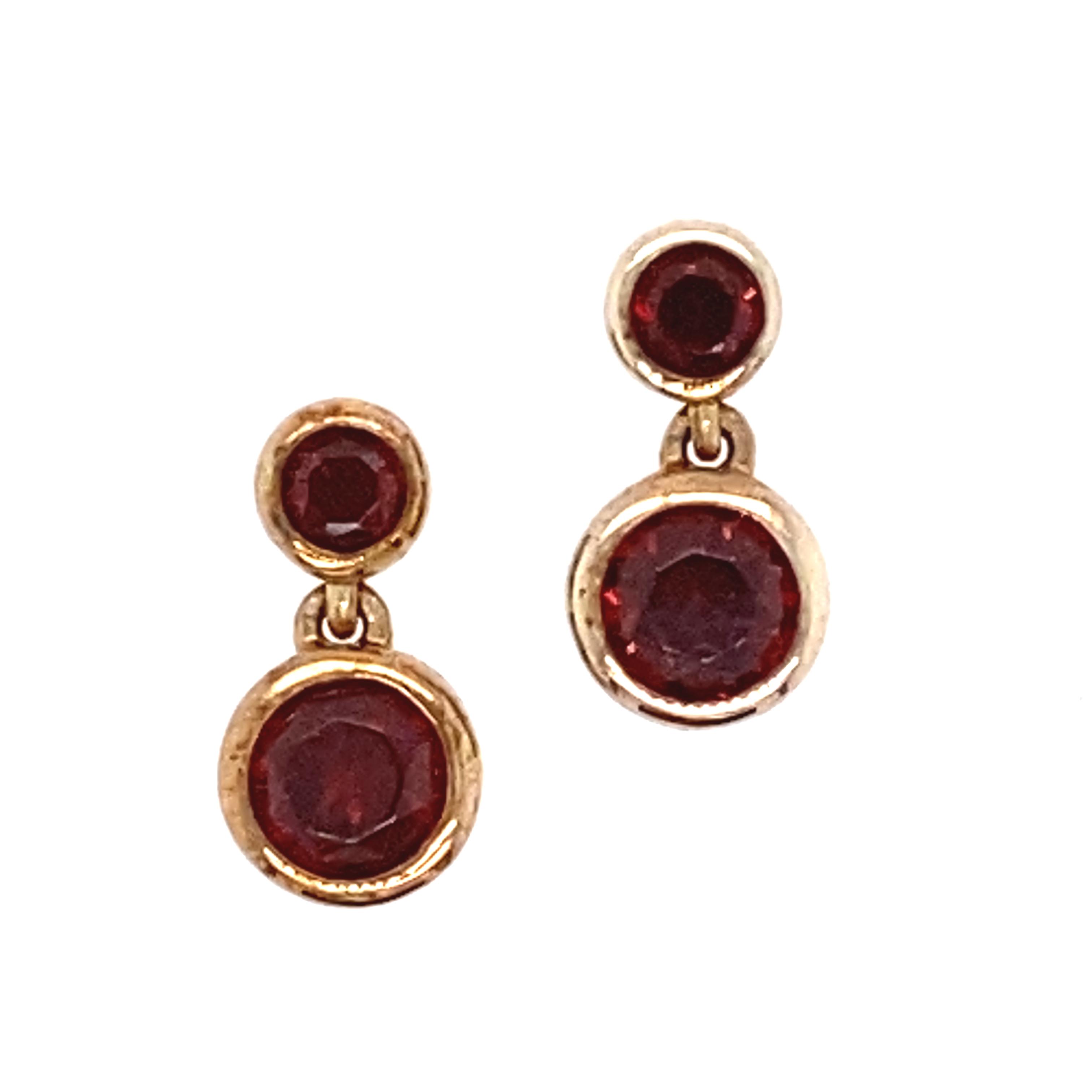 9 Carat Yellow Gold and Garnet Drop Earrings