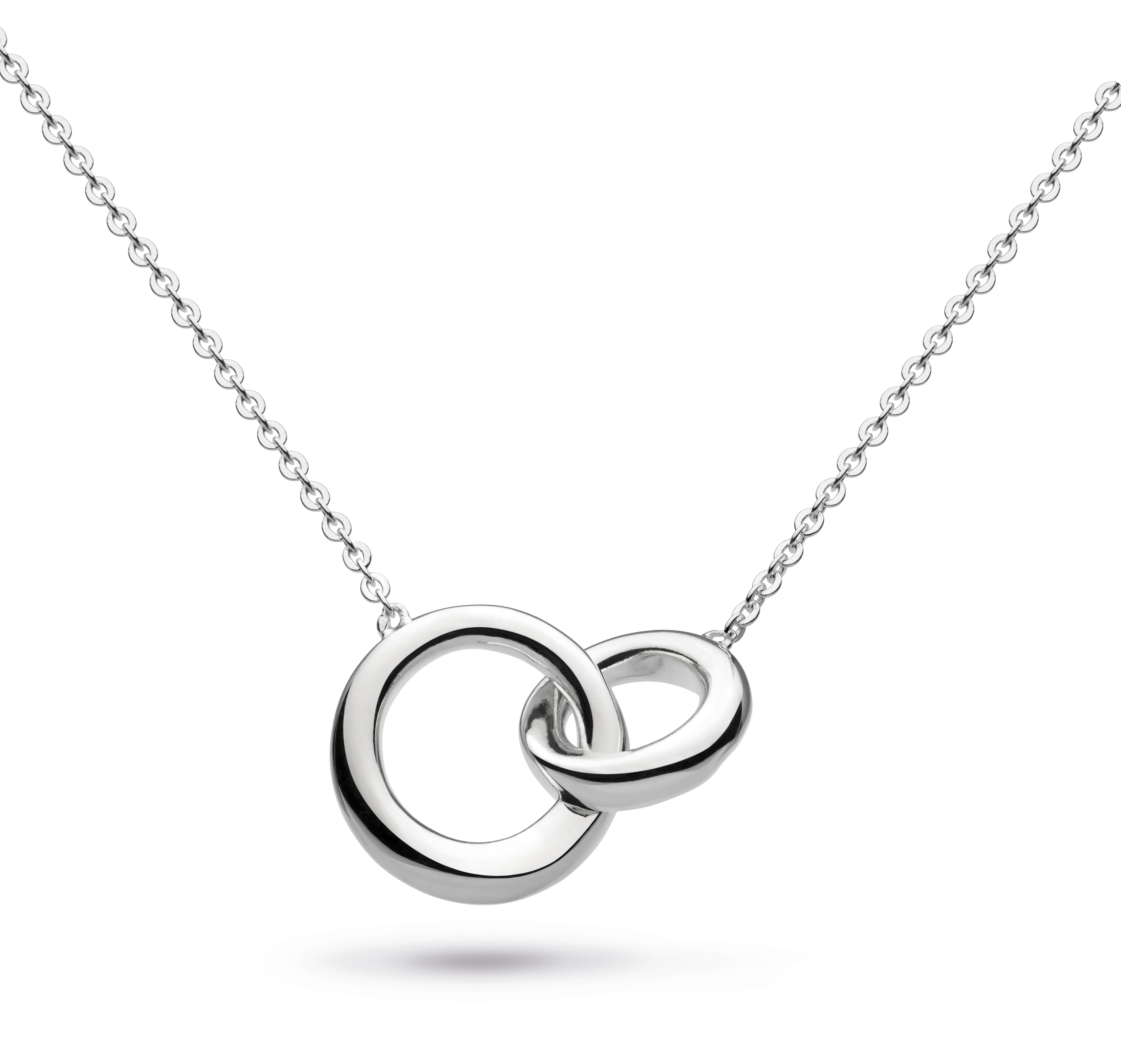 A sterling silver interlocking circles pendant