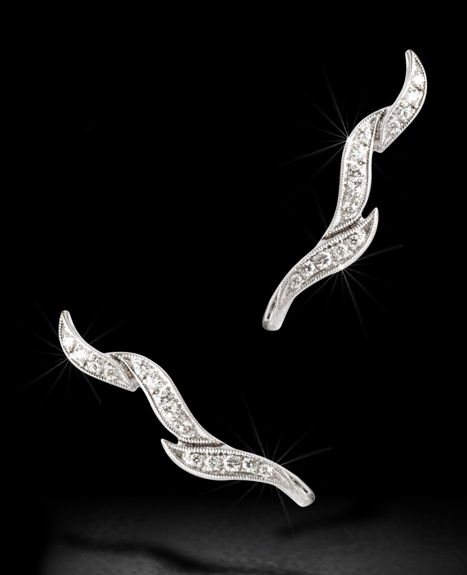 18 Carat White Gold and Diamond Diamond Ear Climber Flame Design